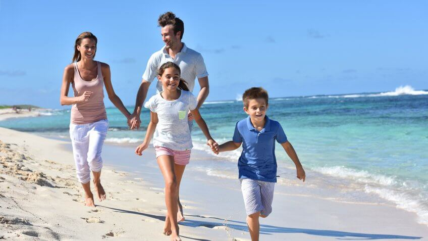 Vacations Make Your Kids Happy Long After They're Over