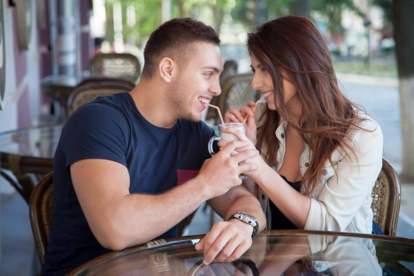 7 Ways You Can Keep Dating Your Husband