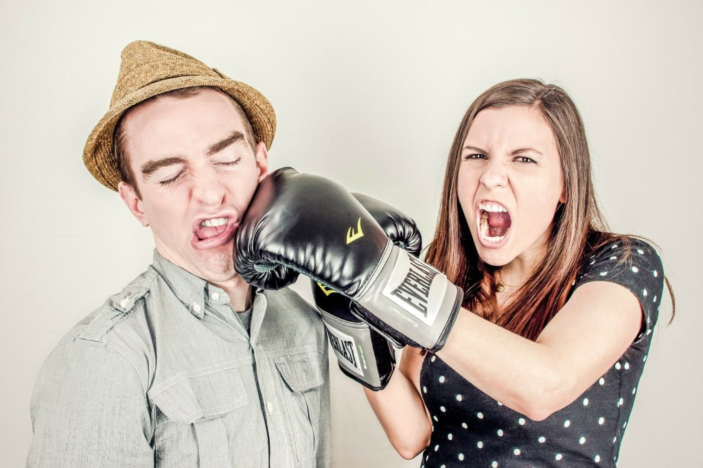 Defensiveness Doesn't Protect a Relationship: 4 DIY Remedies